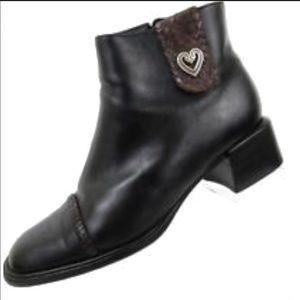 Brighton Lonnie black ankle boots size 8